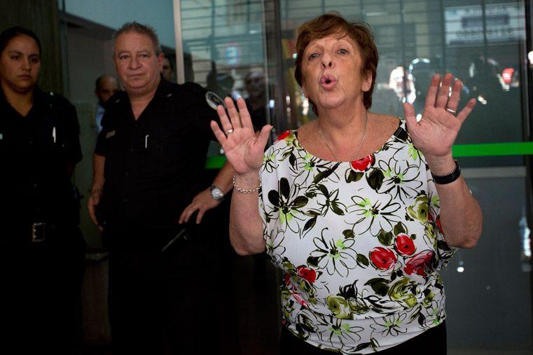 La fiscal Fein citó a declarar a ocho custodios de Nisman y a la diputada Elisa Carrió