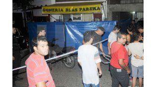 Asesinaron a un joven con una puñalada en B° Villa Hipódromo