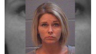 La mujer de 35 años perdió la tenencia de sus hijos.