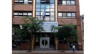 Una alumna de 12 años se tiró de un cuarto piso por temor a ser castigada