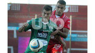 Sarmiento aprovechó un error de la defensa del Tate y se llevó los tres puntos