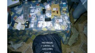 Apresaron a un vendedor barrial de drogas en un allanamiento en la ciudad de Tostado
