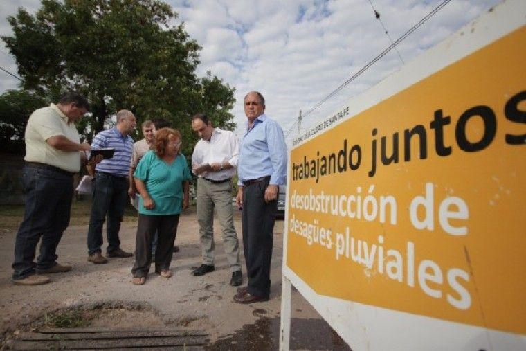 Barrio San Martín: avanza la limpieza de los desagues