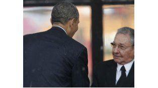 Barack Obama y Raúl Castro hablaron por teléfono, en otro histórico paso del acercamiento entre los EEUU y Cuba
