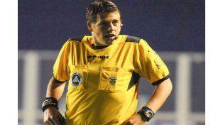 La Fifa deja el caso del árbitro Delfino en manos de la AFA