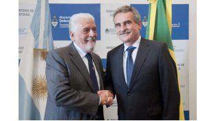 """Agustín Rossi recibió a su par del Brasil Jaques Wagner:""""Somos socios y aliados estratégicos"""