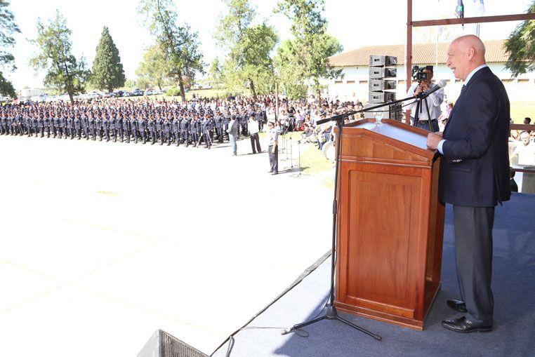 """Más de mil nuevos Policías Comunitarios: Su deber es llevar tranquilidad a la sociedad"""""""