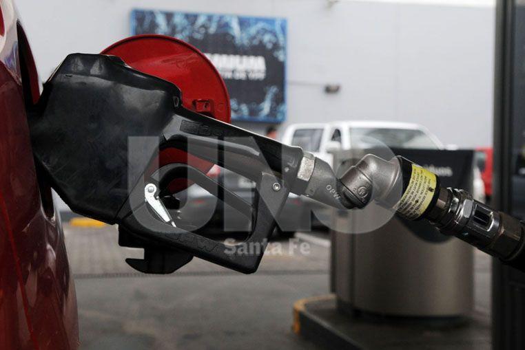 Sin nuevos precios de combustibles en Santa Fe, no descartan una suba