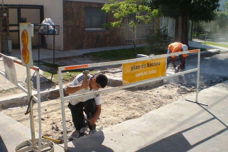 Plan de Bacheo: avanzan las obras en diferentes barrios