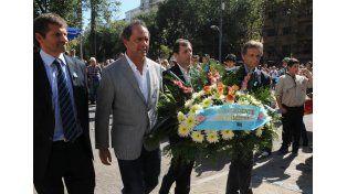 Scioli encabezó el 33° aniversario de la gesta de Malvinas