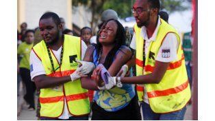 Cerca de 147 muertos por un ataque terrorista en una universidad de Kenia