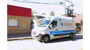 0 Km. El flamante vehículo en la puerta de la posta que está ubicada en Gamboa 1422 de Rincón.