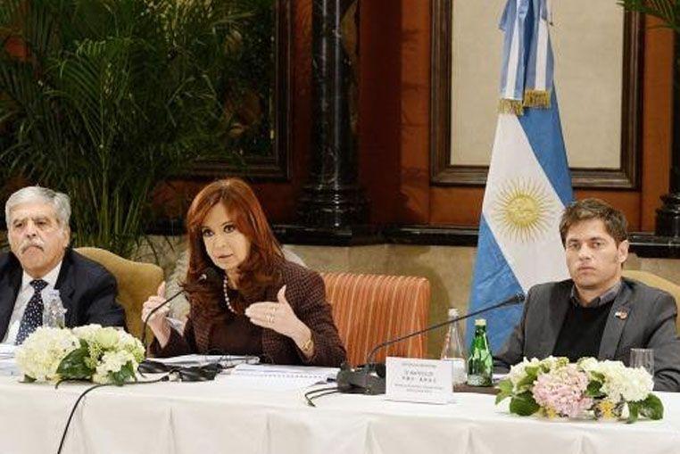"""Cristina: """"Seguiremos defendiendo el trabajo argentino"""