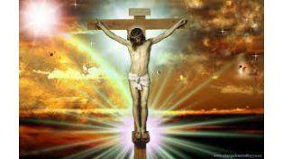 Revelan que Jesús llevó un casco de espinas y una cruz más corta