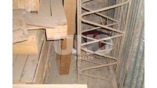 Cayó un hombre que robaba cables en un depósito de la EPE