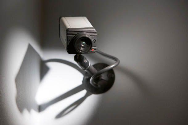 Insólito: robó, lo filmaron, y al verse en las imágenes, se entregó a la policía