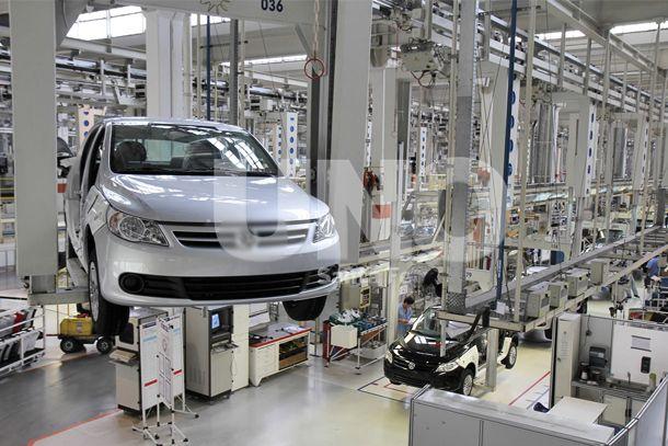 En 2012, el parque automotor local sumó en total 7.800 0Km