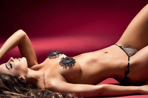 Fotos hot de Natalia Vélez, una latina muy sensual