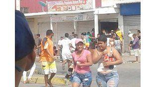 Venezuela: hubo dos muertos, 25 heridos y 150 detenidos por saqueos