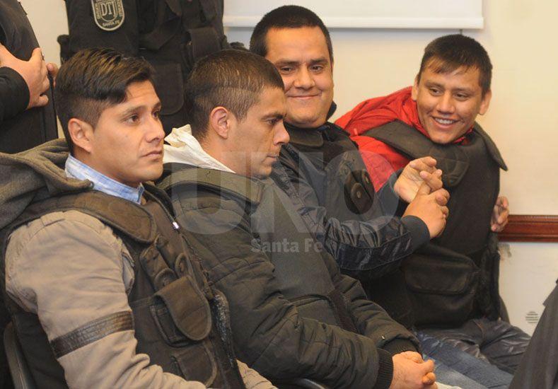 El tribunal condenó esta mañana a los cuatro integrantes de la banda de Los Cronos imputados en el asesinato de Ernesto Fabián Suri Barco.
