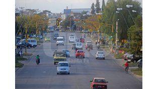 Proponen cambios en el estacionamiento en calles transversales a Aristóbulo del Valle