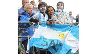 Argentinos alentando en Seattle