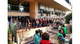 Los trabajadores realizaron un paro esta mañana sin atención al público de 10 a 13.