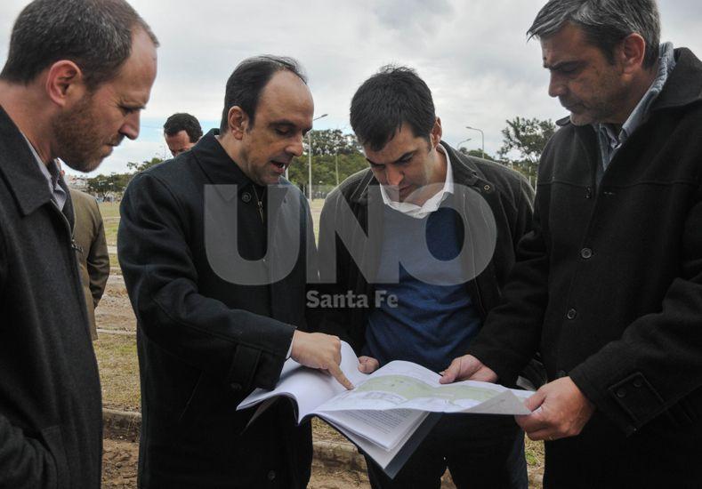 La intención es apoyar el proyecto del aeropuerto entre Santa Fe y Paraná