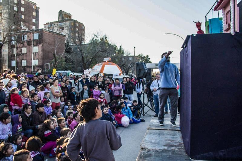 Avenidas Peñaloza se vistió de fiesta para celebrar el Día del Ambiente