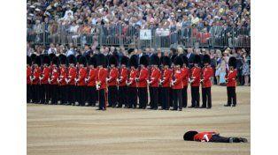 Un blooper en el festejo por los 90 años de la reina de Inglaterra