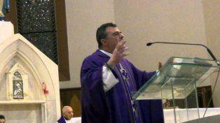 El violento sermón de un sacerdote homófobo indigna en Italia