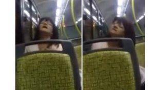 Terror por una poseída por el diablo en el colectivo de pasajeros