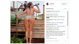 Rihanna derrocha sensualidad en el Caribe