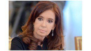 Cristina reapareció con críticas al blanqueo y al proyecto de pago a jubilados
