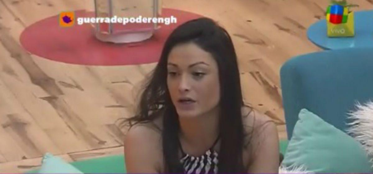 Macarena, muy enojada, se fue de la casa: Son todos unos falsos