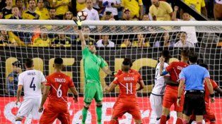 Colombia eliminó a Perú por penales y es semifinalista