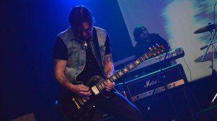 Eléctrico. Eugenio Jauchen prende fuego su Gibson Les Paul