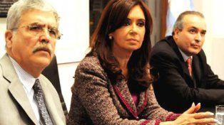 Encuesta: el 63% cree que CFK sabía que López era corrupto