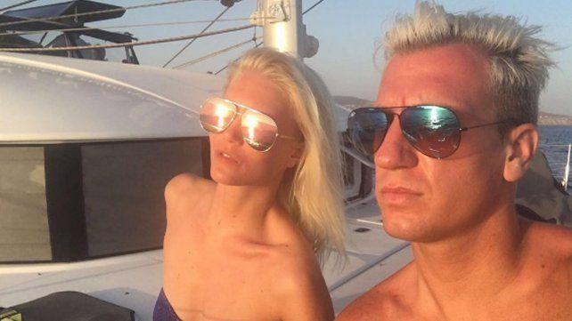 Maxi López y su novia, muy hot de vacaciones