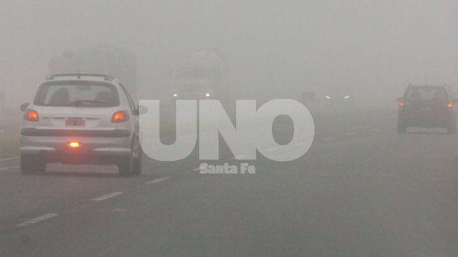 Alerta vial por nieblas en la provincia: sugieren postergar y suspender viajes