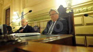 Carlos Fascendini: Los senadores del PJ quieren cogobernar