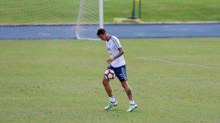 Ángel Di María terminó con molestias y es duda para la final