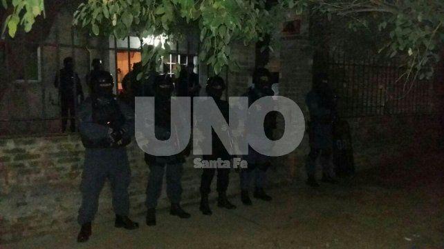 Santo Tomé: detenidos con secuestro armas, balas y drogas en tres allanamientos