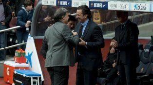 Gerardo Martino reemplazó a Juan Antonio Pizzi cuando este dirigió a Colón con José Chemo Del Solar.