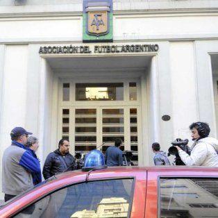 la jueza servini ordeno a la afa desconocer la notificacion de la fifa