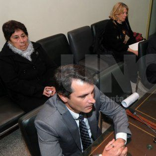 Investigadas. Cecilia Góngora (izquierda) y Elsa Nasatsky, durante la primera audiencia del juicio.