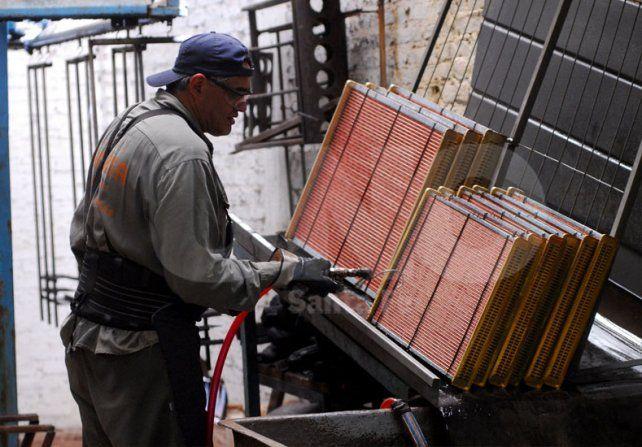 La producción de las PyMES industriales bajó 5,2% en mayo