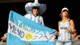 Los hinchas argentinos coparon el MetLife