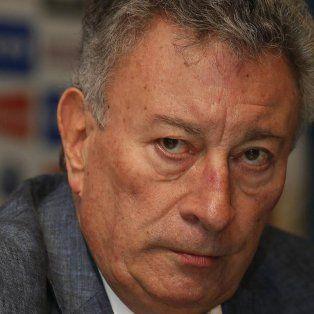luis segura desmintio su renuncia como presidente de afa