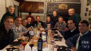 La movida de los campeones del 86 para pedirle a Messi que no deje la Selección